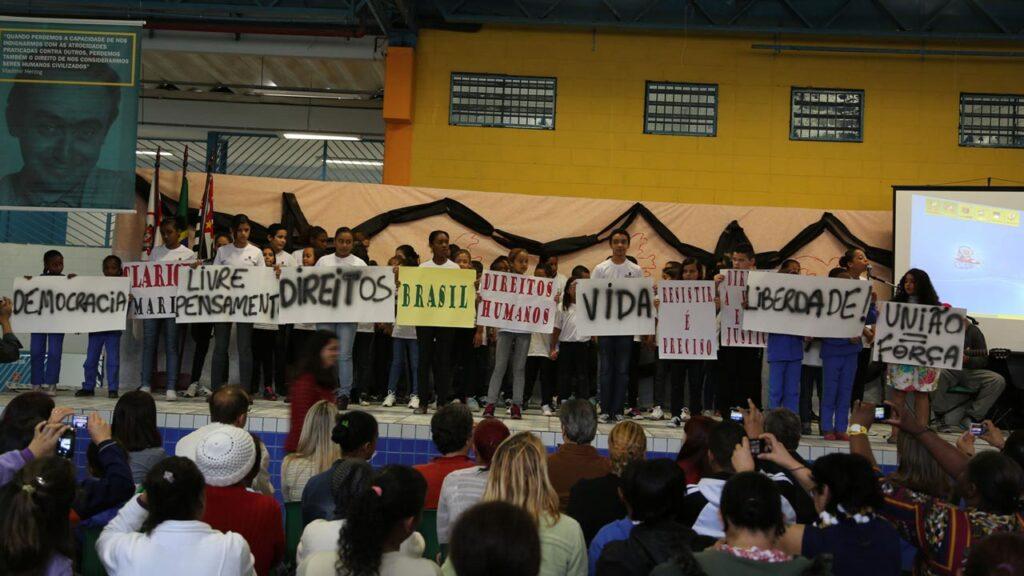 IVH participa de evento na EMEF Vladimir Herzog, em São Paulo, parceira do Respeitar é Preciso!